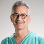 الأستاذ جوسلين بروكس: استشاري مختص في الأشعة عن طريق الأوعية الدموية ، لندن